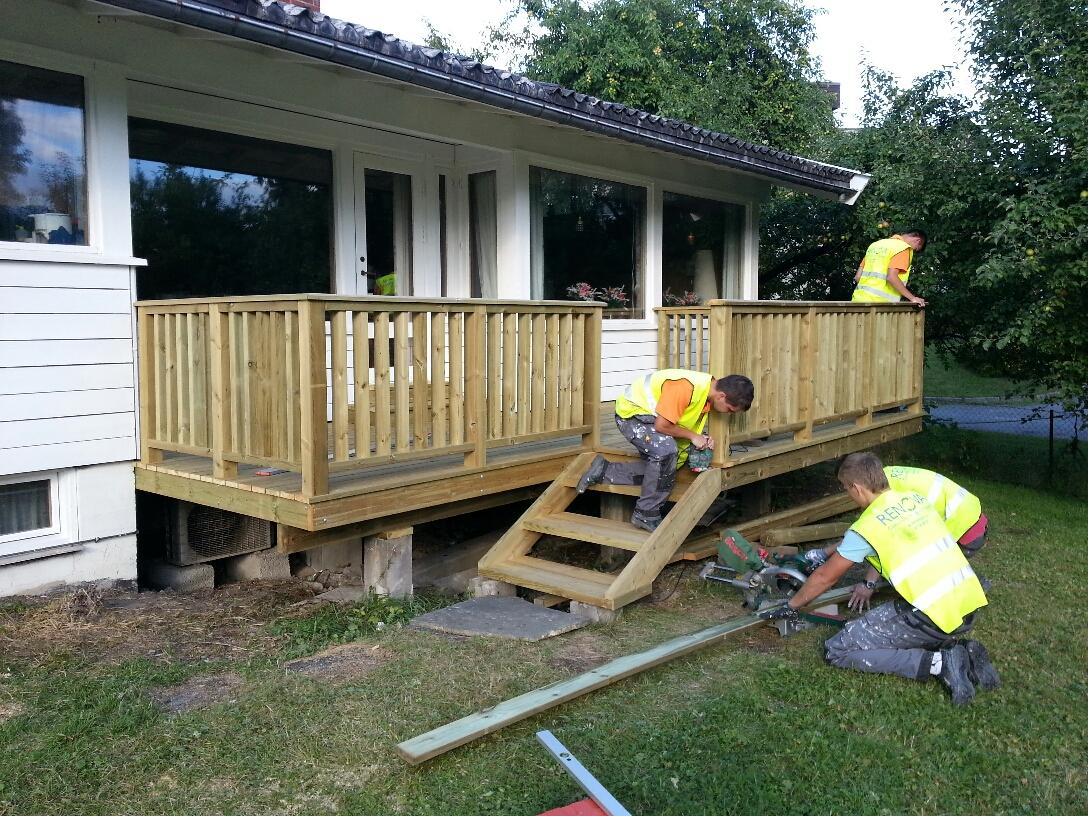 Renova bygger terrasse 1