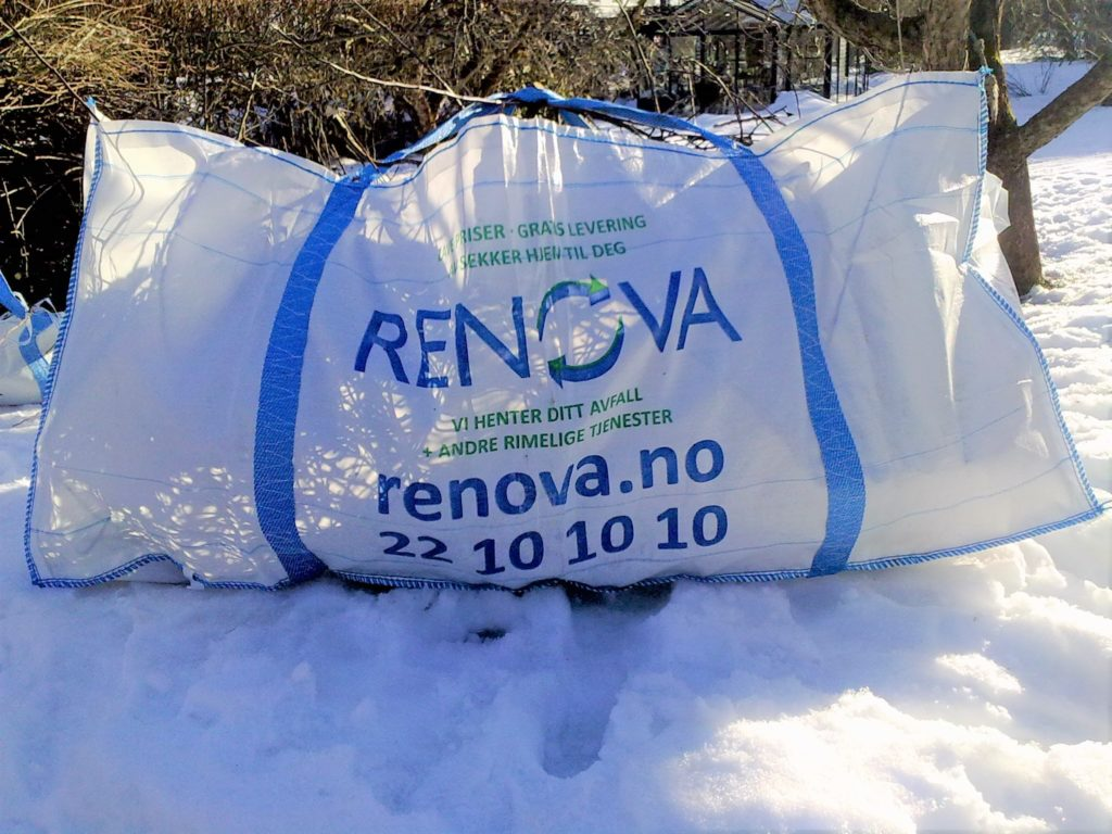 RENOVA - isekk RETTISEKKEN Dette er vår store isekk, som måler 2,2 x 1,0 x 1,0 meter Den tar inntil 1.000 kilo